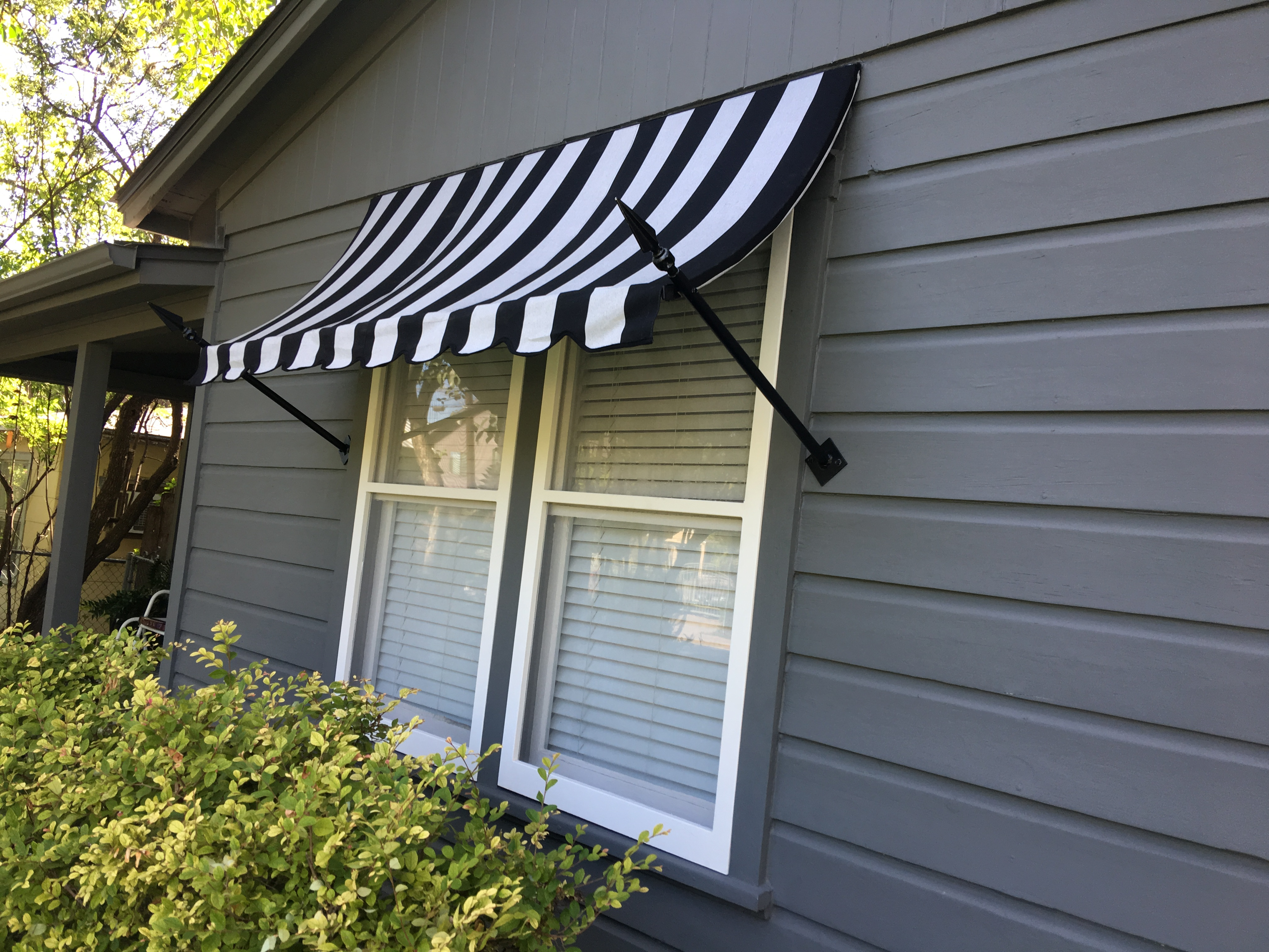 Residential Austin American Awning